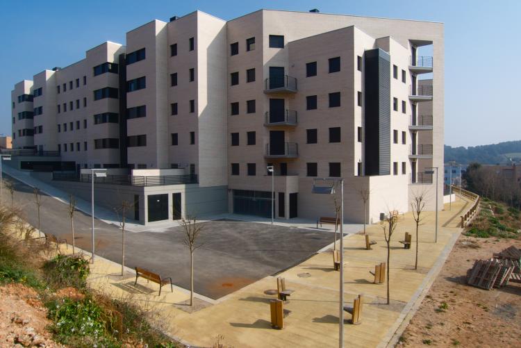 67 habitatges amb protecci oficial 39 bego a 2 39 barri del for Oficinas sabadell zaragoza