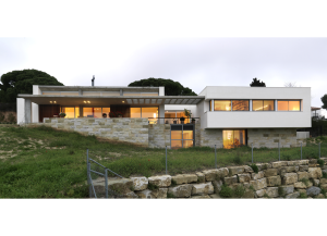 Family House Serra / Rius